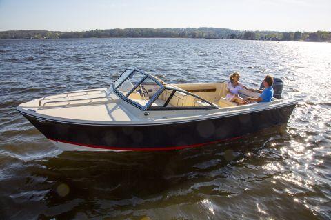 20 Coastal Cruiser